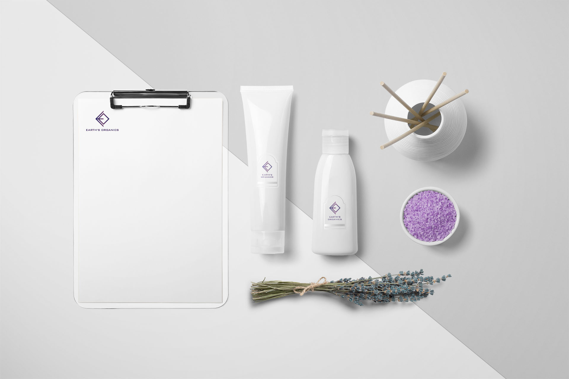 Logo Design applied to cosmetic products