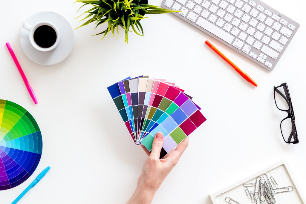 3 easy branding tips to attract more clients by using brand colors