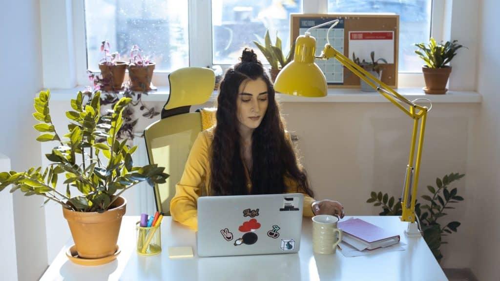 wellness blogger